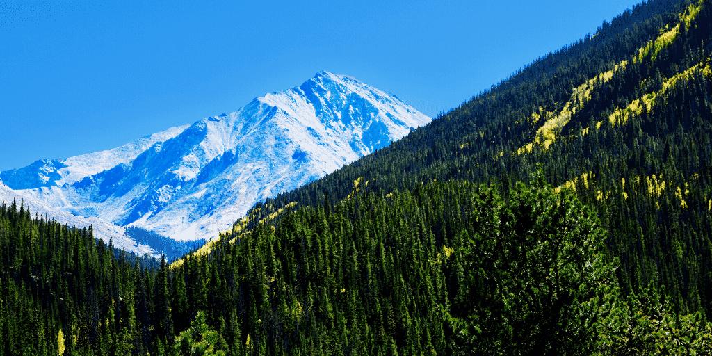 Hiking Torreys Peak in May